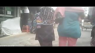 Bangladeshi girls arses from bottom for white men humdrum!