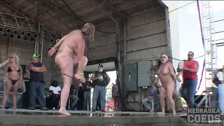 bulky babes dance bare in public