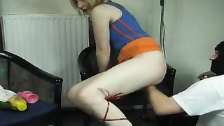 trampy high heels chick gets fisted