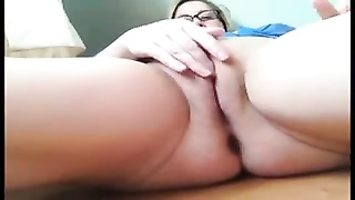 Chubby milf masturbates and squirts
