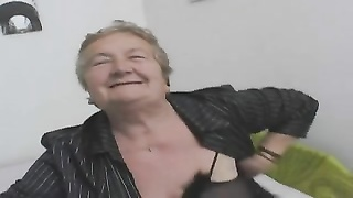 238791sexy italian grandma
