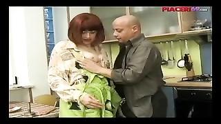 238869Casalinga italiana scopata - Italian house wife