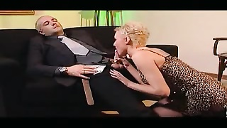 French Babe fucked in a Art Galery