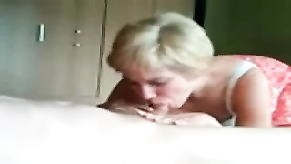 Blonde amateur wife blowjob and fuck
