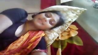 BANGLADESHI - Beautiful desi bengali boudi with devar sexy boobs exposed