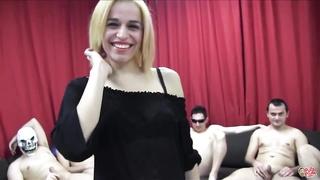 PUTA LOCURA Sexy Spanish Teen