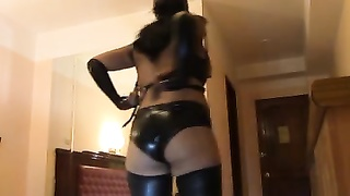 Peruvian Latex Catwomen - Productora AIDEN