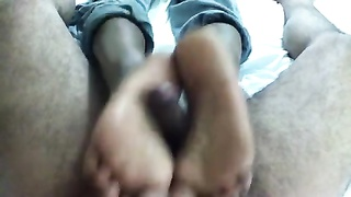 Footjob- Sexxxy Indian feet & soles with cumshot