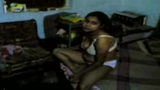 Bangla Desi Couple exposed her cute assets Enjoy aminokia