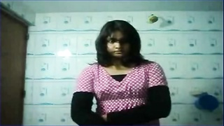 Indian IIM girl stripping for IIT boyfriend camstrip cute teen young desi girl
