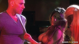 Christy Mack, Johnny Sins and Madison Ivy get drenched