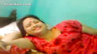 277873Bangladeshi aunt getting your mitts on uncovered and pinched even as cheatting by her associate