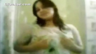 Mast hot Bangladeshi  bhabhi nude to make your dick stand up