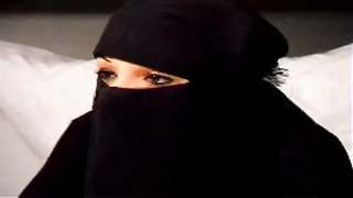 Muslim Girl giving head