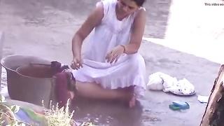Naked Indian Aunty Slit