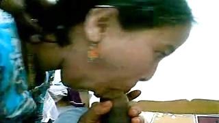desi janwi from nainital gobbling and fuckd hindi audio