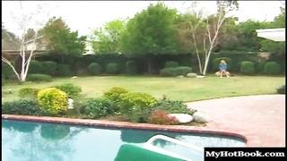 Kelly the coed AKA Allysin Chaynes sucks dick outside in a cute plaid