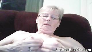 Old granny amateur webcam show