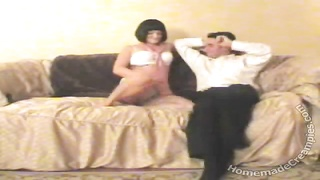 Brunette mature house wife is cheating in exactly the home-made episode