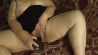 Old Lady Mexicana Chunky Lady has oral sex