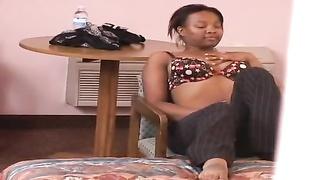 Home Made masturbation porn with slutty and bodacious black girl