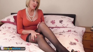 291937Two matures enjoy are self fucking