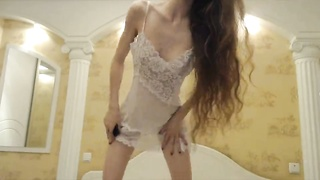 Ultra slender young Russian is getting your hands on nude in precisely the residence