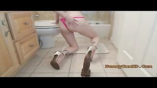 Hot Brunette Riding Dildo On Webcam - Pussycamhd.com