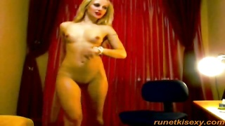 303350Slender russian blond is posing thoroughly nude on exactly the digital camera in residence