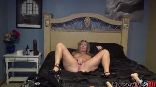 Cougar mom Crystal dildo rides