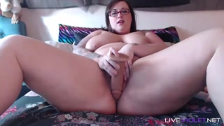 Curvy Plumper with F cup titties screws a phat mouthwatering cunt