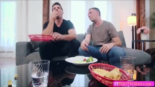 Sexy and sloppy pussy eating with Chanel