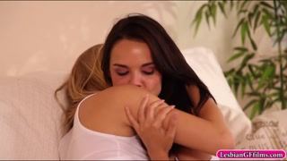 Dillion Harper and Natalia Star kissing