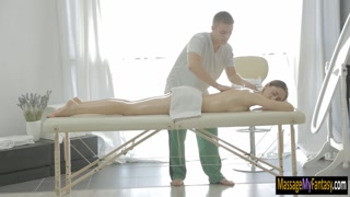 Sexy babe asshole banged by her masseur