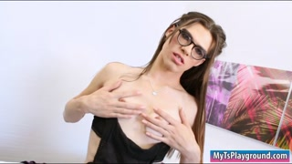 Tiny tits TS Brooklyn Roberts jerks off
