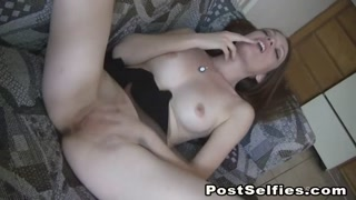 Naughty Amateur Teen Masturbating Hard On Cam