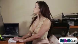 Angela White makes assistant Keisha cum