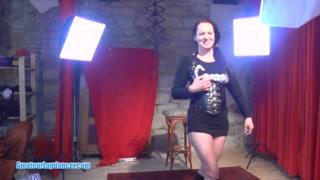 Kinky MILF lapdances and offers nice BJ and tug job