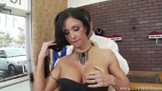 Lovely brown haired pornstar Keiran screws hard demonstrating perfect talents