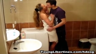 Passionate hook-up in a rest room