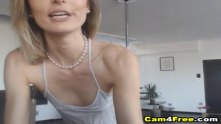Hot Teen Gets A Hot Jizz On Her Ass After Sex