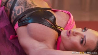 BrazzersExxtra / Brazzers – Cali Carter, Lucas Frost Roommate Wrestling