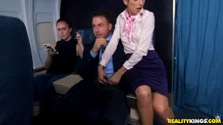 Realitykings – Nikki Knightly, Chad White – Fly Me To The Poon