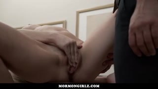 MormonGirlz-Girl's first blowjob is at a gloryhole