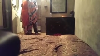 Indian desi couple in hindi audio lady says itni der kyu lagayi