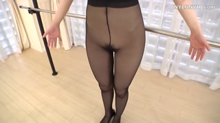 Nylons ballerina dancer hosiery kink