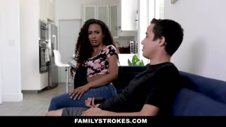 FamilyStrokes - Stepsiblings Hump to Make Up