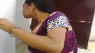 Desi aunty suck and having sex neighbor young guy