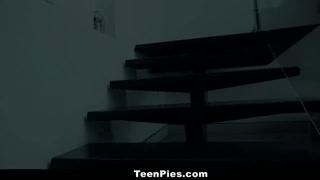 TeenPies - Scarlett Snow Will Get Cream Pied