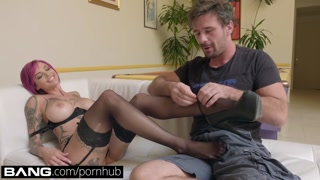 Hook-up Gonzo: Anna Bell Peaks Squirts All Over In Raw Hump Consultation